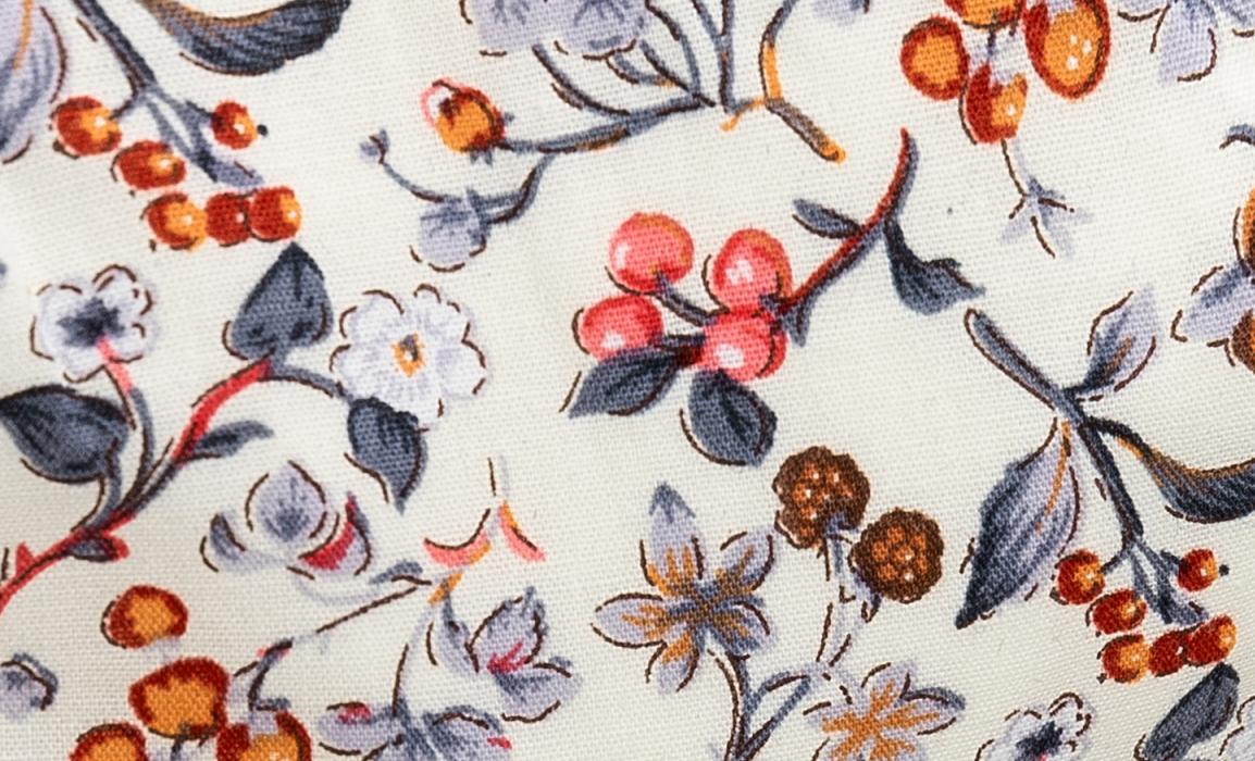 Snow white flora