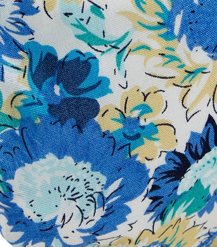 Blue Daisy Delight